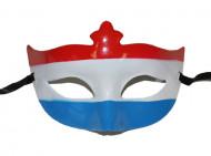Halfmasker met de kleuren van Nederland