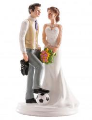 Bruidstaart versiering man met voetbal en vrouw