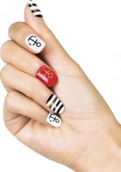 Zelfklevende nep nagels in Marine thema