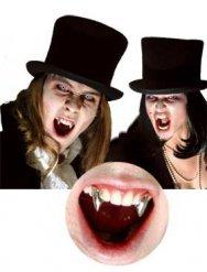 Chroomkleurige vampiertanden