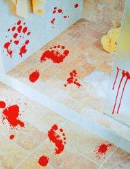 2 bebloede voetafdrukken stickers