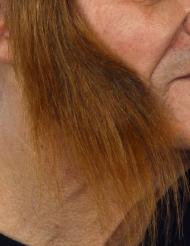 Lange bruine bakkebaarden voor volwassenen