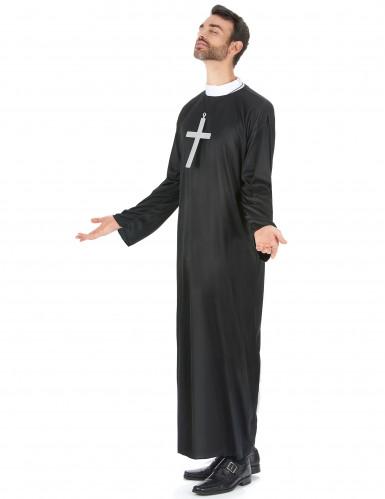 Koppel kostuums van non en priester-1