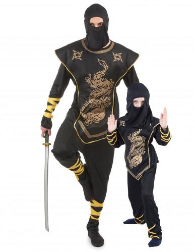 Ninja kostuums vader en zoon