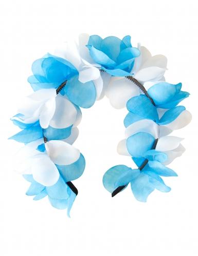 Blauwe en witte bloemenkrans
