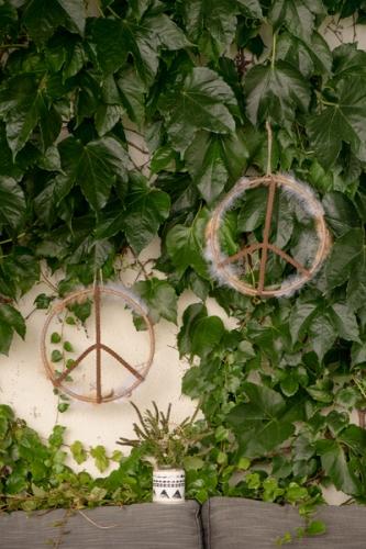 Peruaanse metalen love and peace decoratie-1